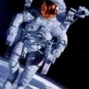 Astronautas intentarán cultivar vegetales en el espacio