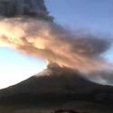 Ceniza del Popocatépetl cae en dos delegaciones de Ciudad de México