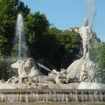 Neptuno Fuente_de_Neptuno_en_Madrid